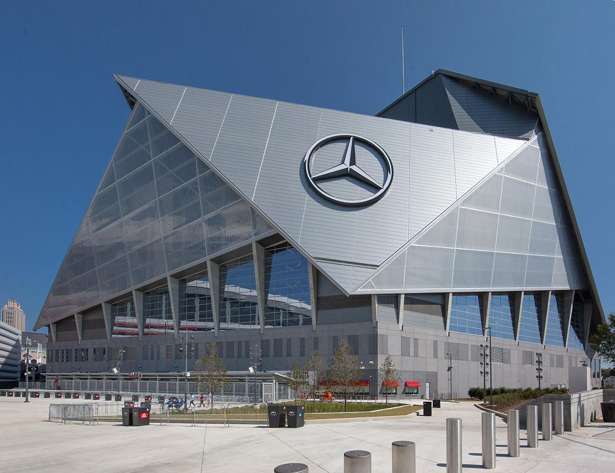 Miami in focus photo gallery of mercedes benz arena in for Mercedes benz in atlanta ga